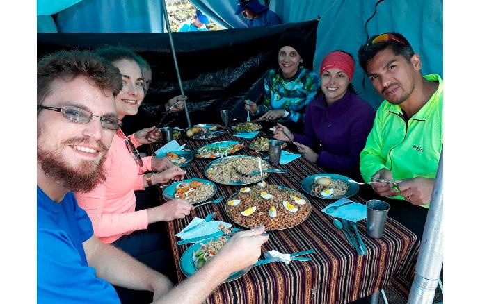 La mejor comida en los Andes Peruanos - Incredible Perú Tours 3