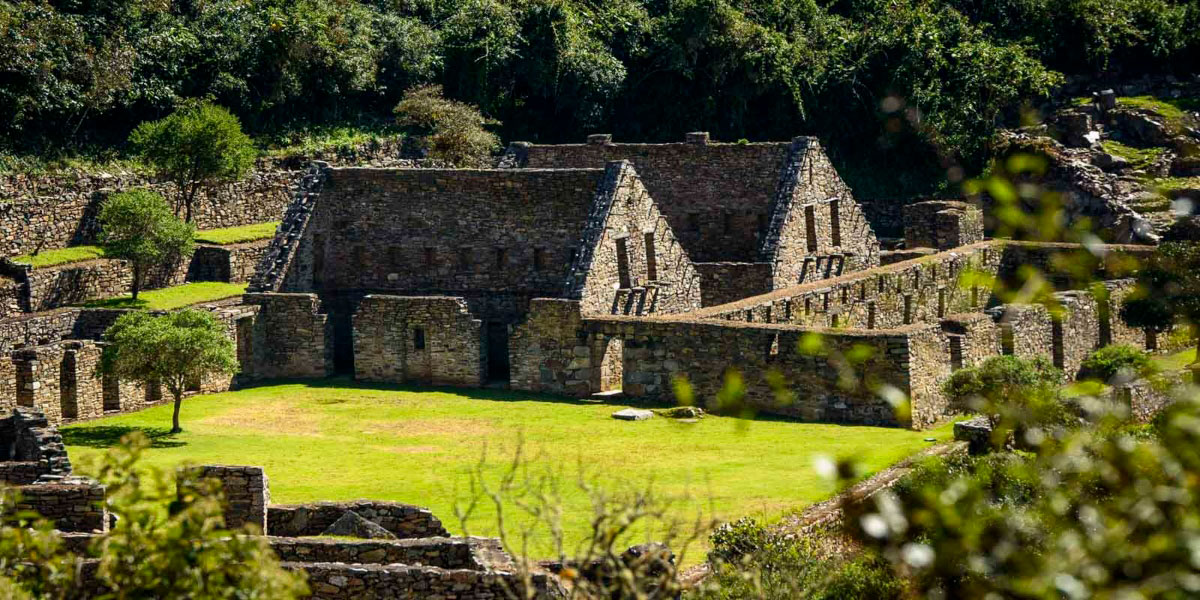 Caminata a Choquequirao y Machu Picchu – 7 Días 6 Noches - Incredible Peru Tours